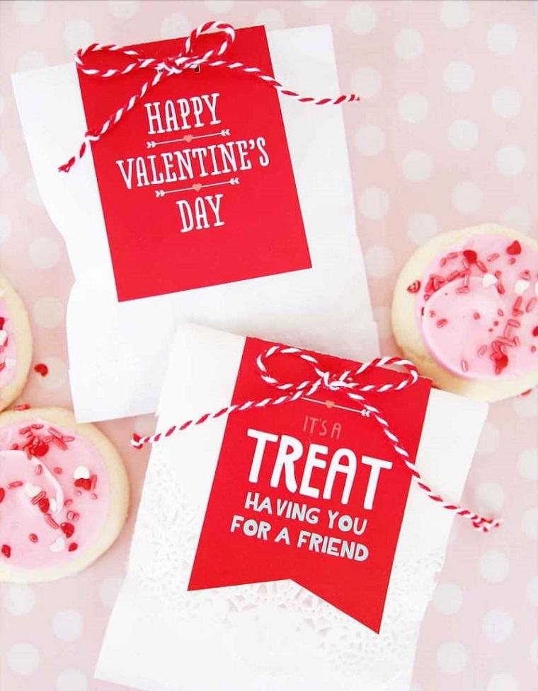 cosa regalare a san valentino sacchettino personalizzato con scritta e cioccolatini