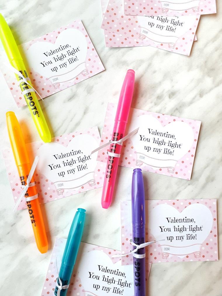 regali originali san valentino penne colorate con etichetta personalizzata