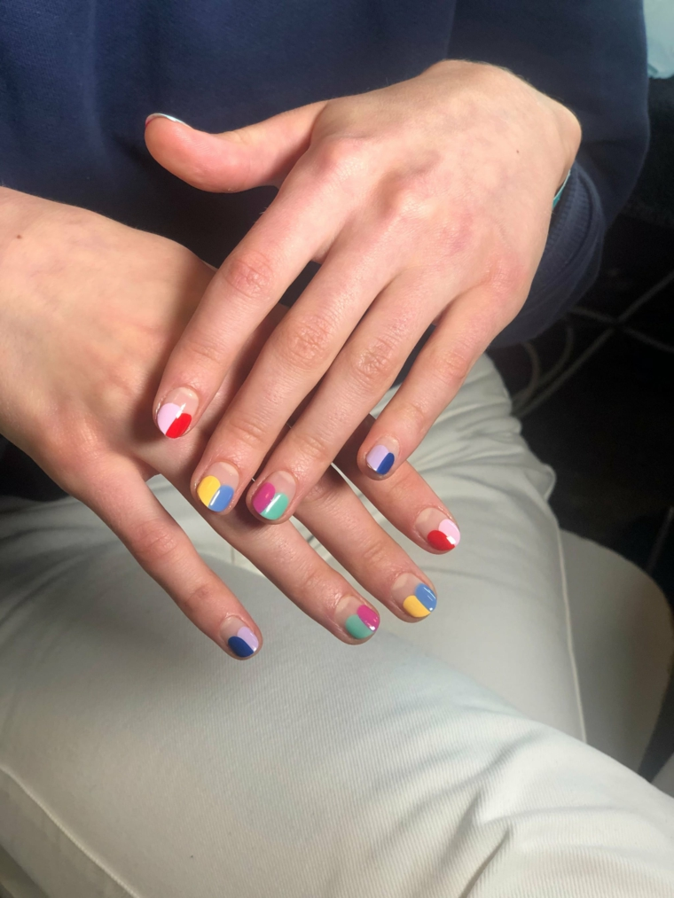 colori ricostruzione unghie abbinamenti colori smalti giallo rosso e blu