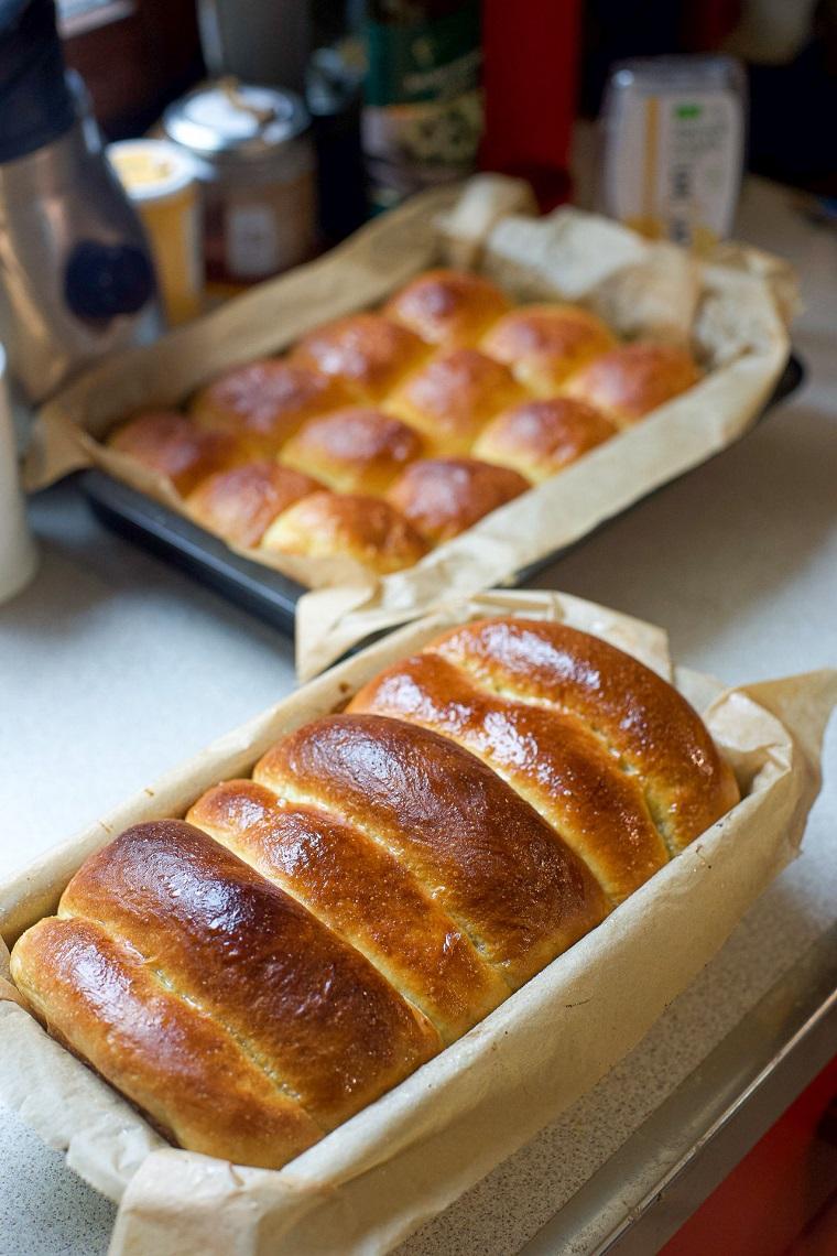 pan brioche vegano antipasti vegani facilissimi teglia con panini con lievito