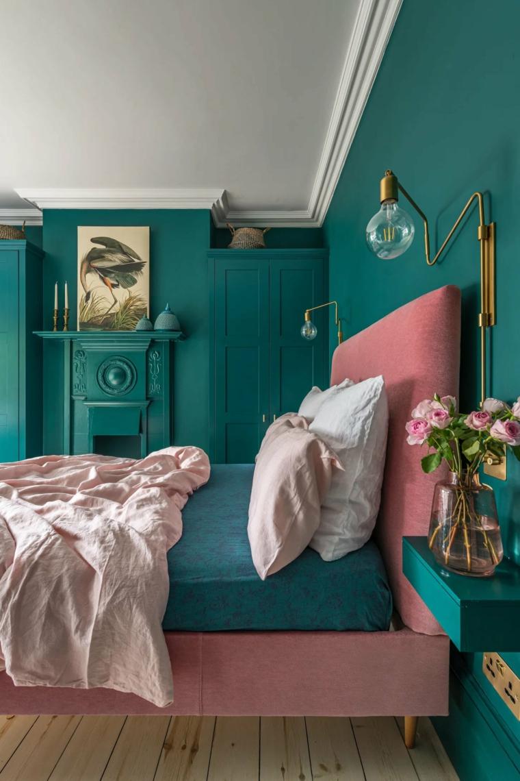 abbinamento verde e rosa camera da letto con comodino appeso alla parete