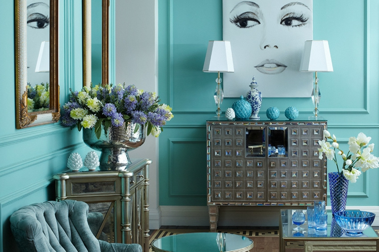 boiserie in legno color tiffany pareti decorazione con vasi di fiori