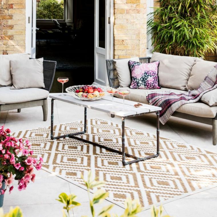 decorazione giardino con tappeto da esterno arredo con set di mobili piccoli giardini da copiare