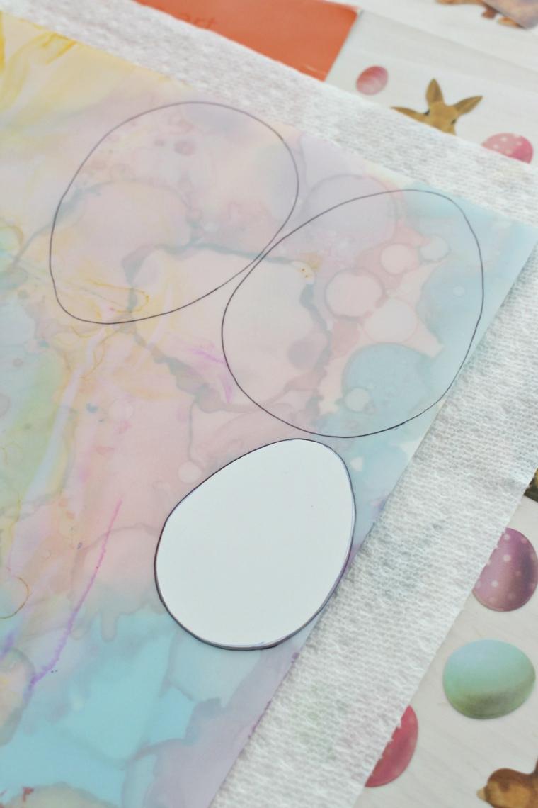 disegno con modello di cartoncino uovo lavoretti di pasqua per bambini facili