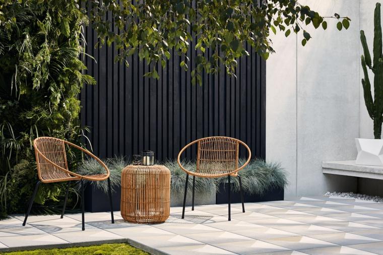 giardini moderni minimal arredamento con sedie in rattan decorazione con alberi