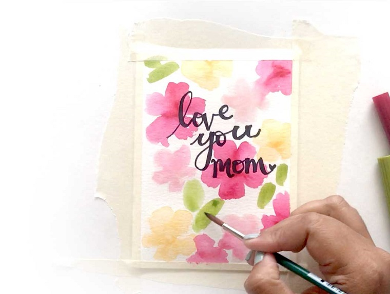 idee regalo per la festa della mamma cartolina personalizzata con scritta e disegno