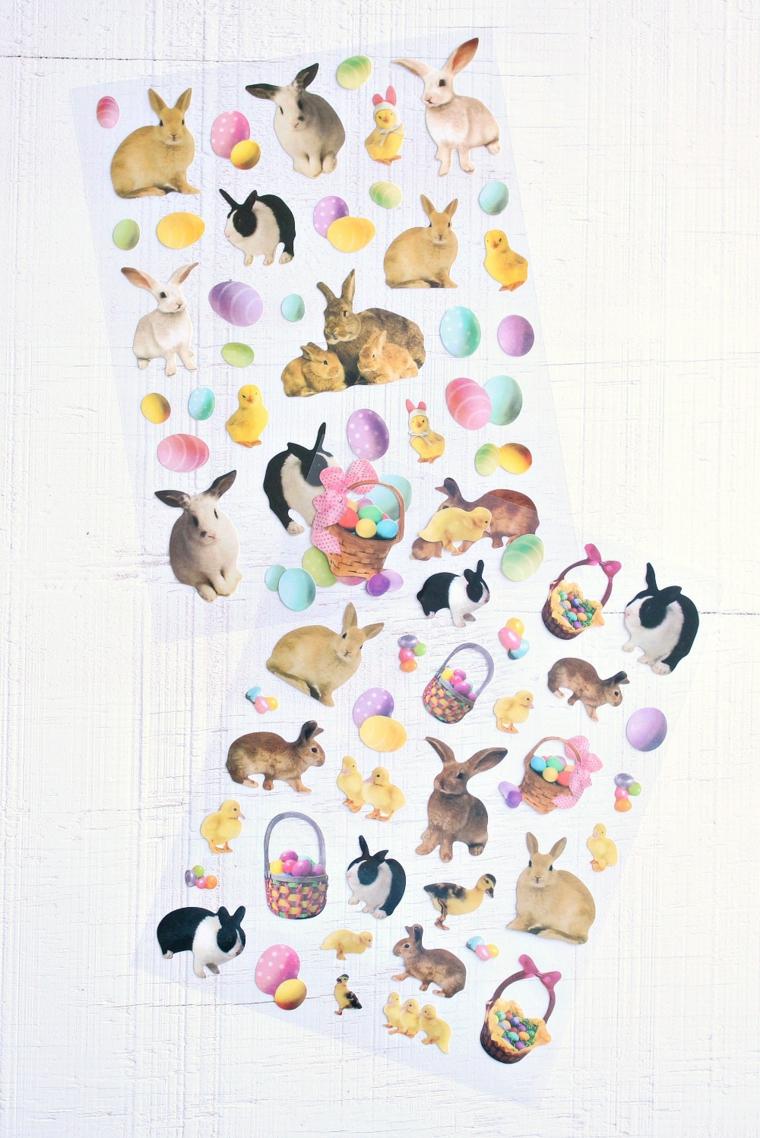 lavoretti di pasqua con la carta stickers di coniglietti e uova pasquali