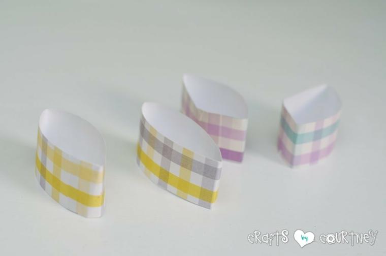 pezzettini di cartone colorato per orecchie coniglietto lavoretti di pasqua per bambini
