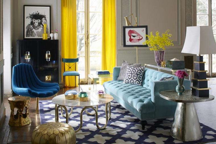 soggiorno classico con divano verde tiffany origine tavolino rotondo in marmo