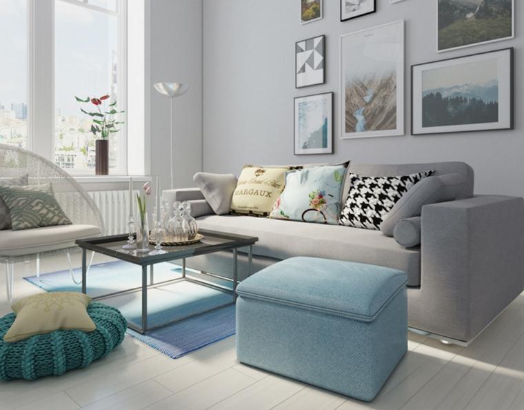 soggiorno con divano grigio tavolino rettangolare decorazione parete con quadri