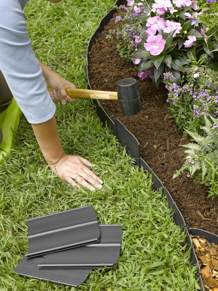 bordure aiuole fai da te decorazione giardino con fiori dalla foglia colorata