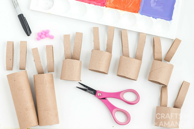 creazioni con rotoli di carta igienica come fare coniglietti di carta