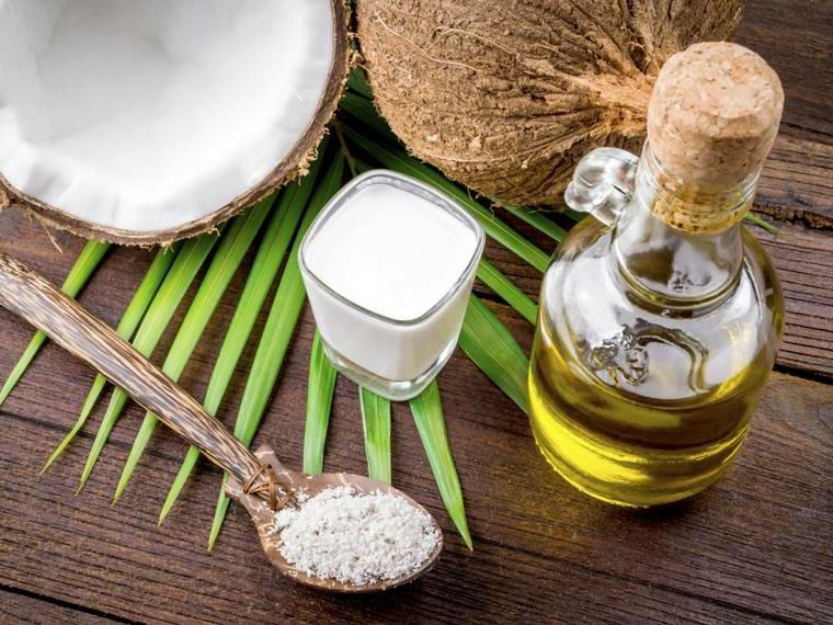 impacchi per capelli secchi trattamento con olio di cocco e argan