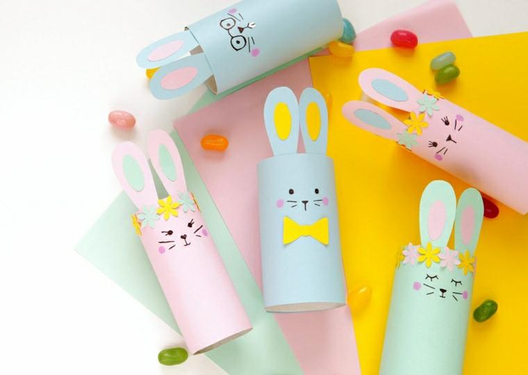 lavoretti con i rotoli di carta igienica per pasqua coniglietti dipinti di rosa e azzurro