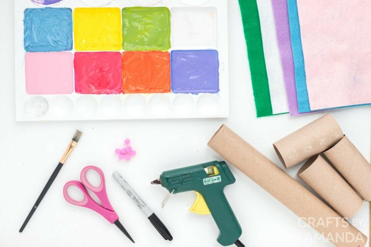 lavoretti di pasqua con materiale riciclato rotoli di carta igienica colori acrilica