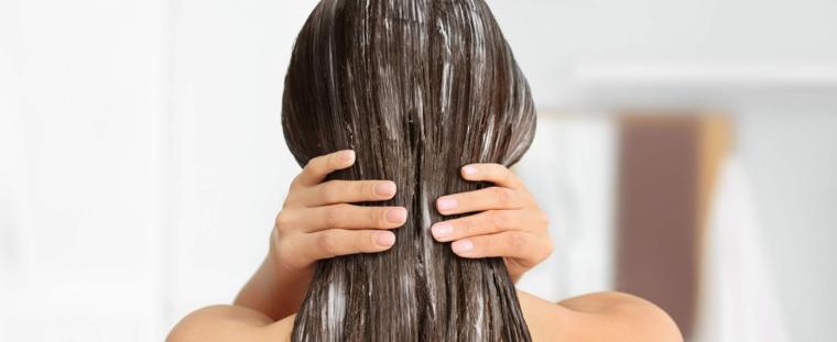 trattamento per capelli decolorati maschera rinforzante a base di aloe