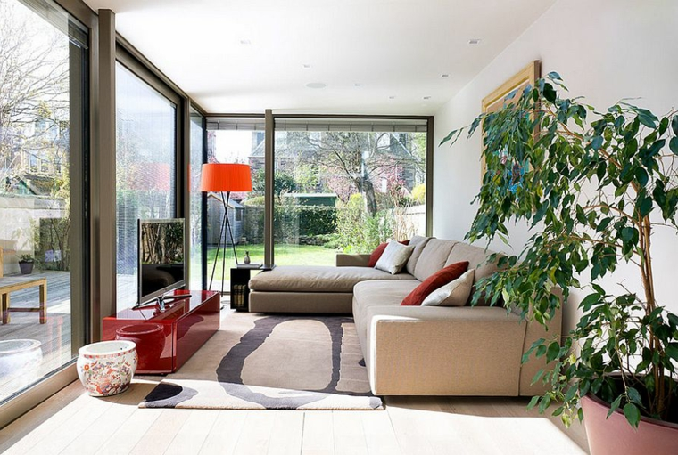 verande chiusa con porte scorrevoli di vetro arredo con mobili da soggiorno