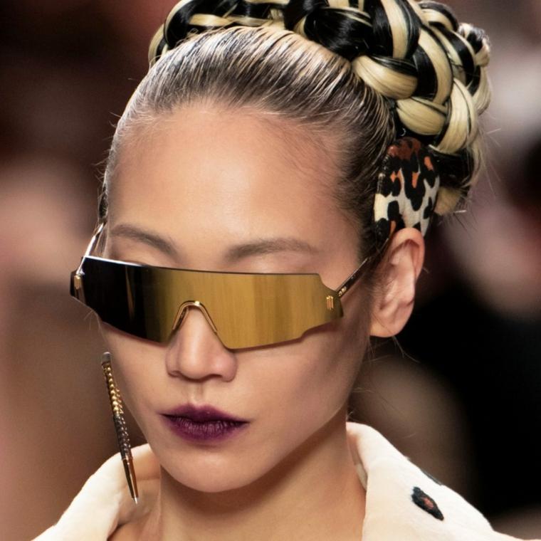 occhiali da sole fendi moda autunno inverno 2021 2022 donna con capelli raccolti