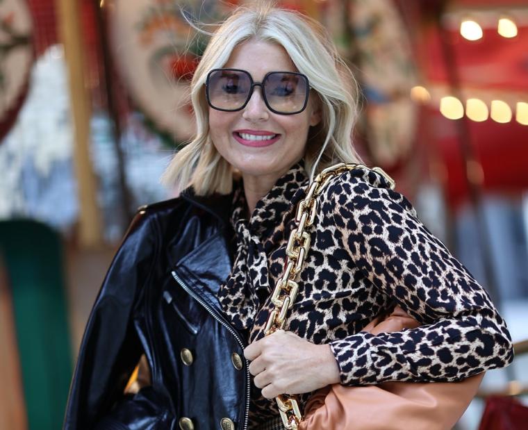 print animalier per moda autunno inverno 2021 2022 abbinamento giacca in pelle