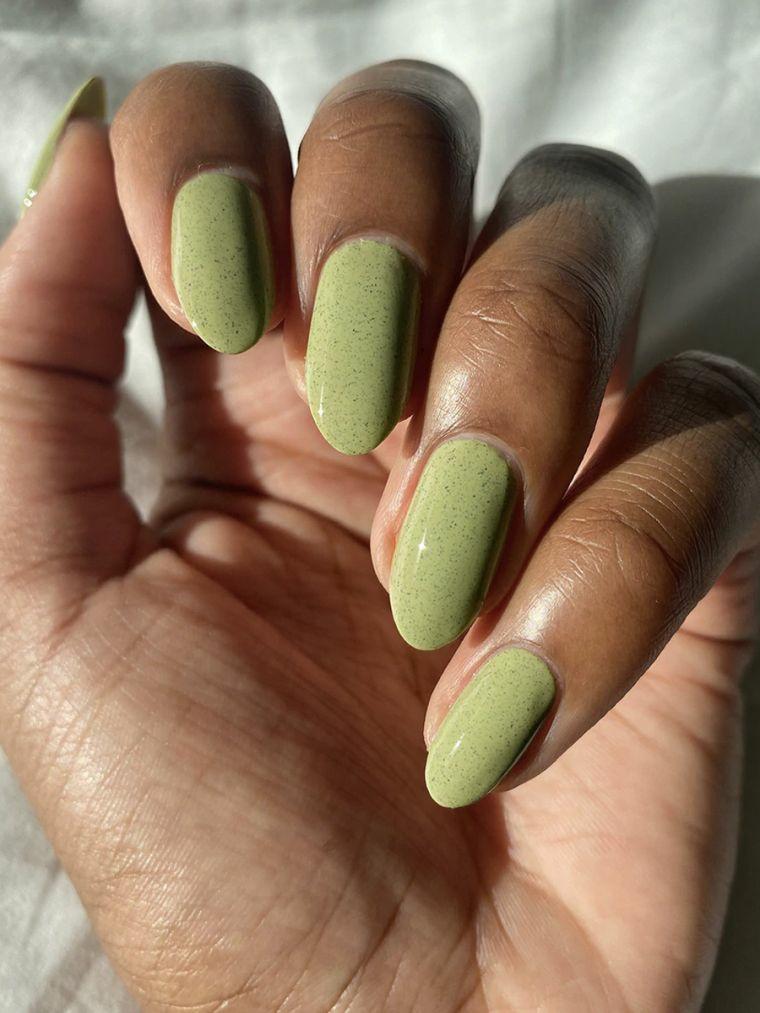 smalti color pastello smalto per unghie verde manicure forma a mandorla