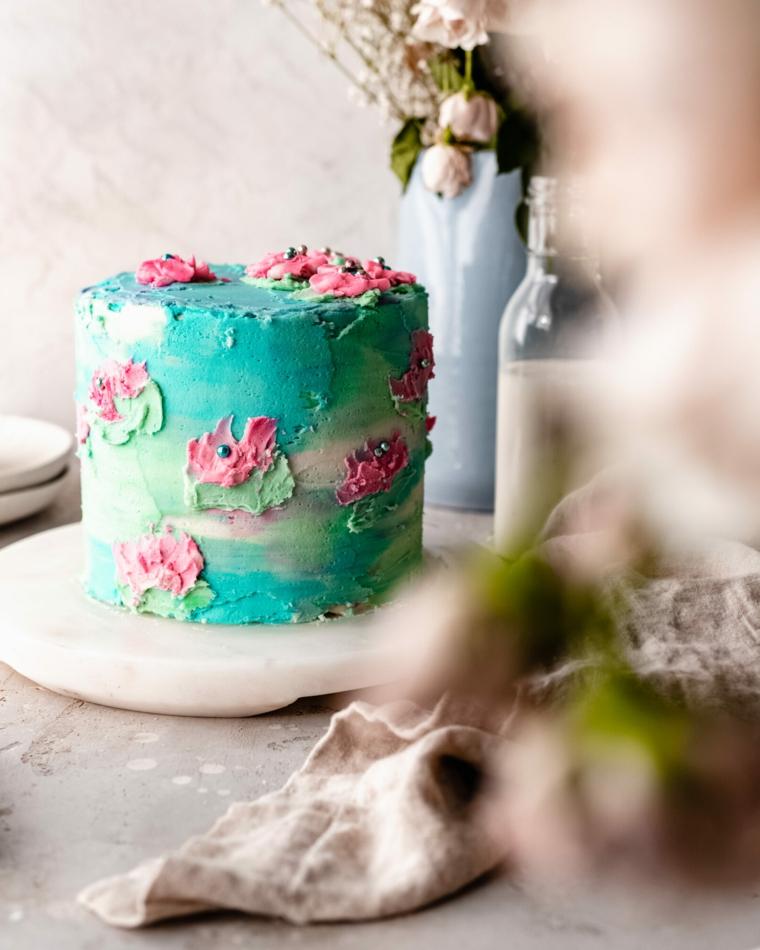 compleanno torta decorata panna decorazione torte con glassa watercolor
