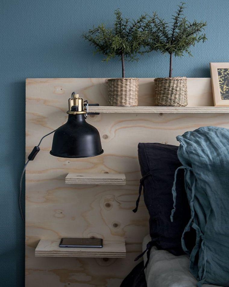 abbinamento colori pareti camera da letto testata di legno con mensole