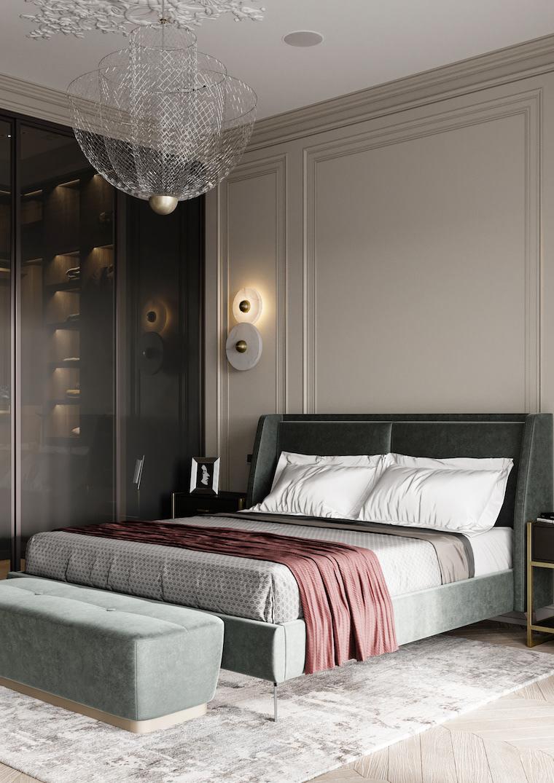 boiserie moderna di colore grigio camera da letto con lampadario di cristallo