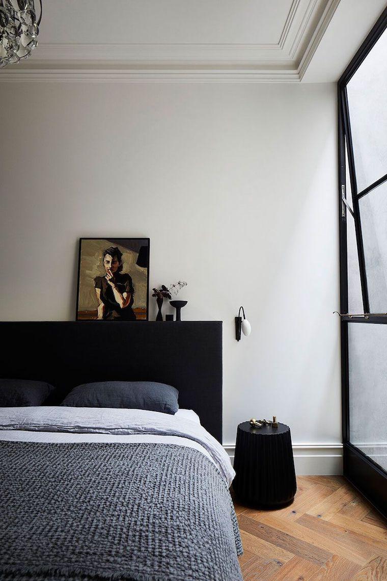 colore pareti camera da letto con mobili scuri pavimento in legno parquet