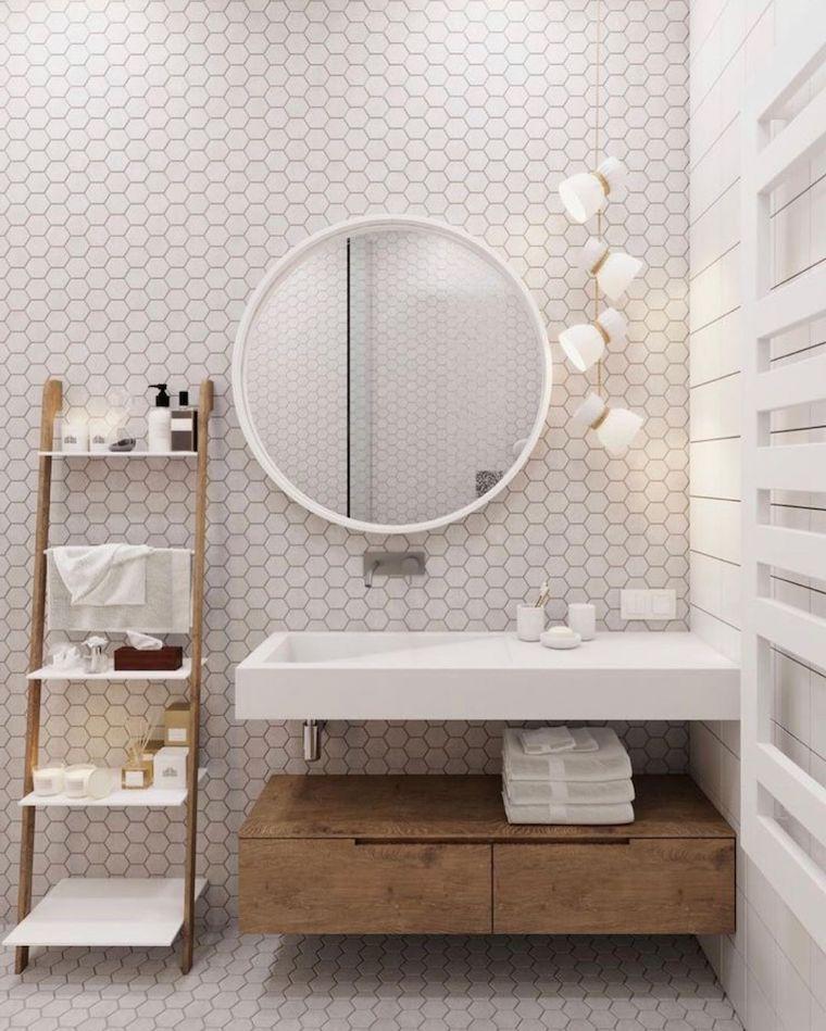come arredare un bagno piccolo parete con piastrelle a rombo