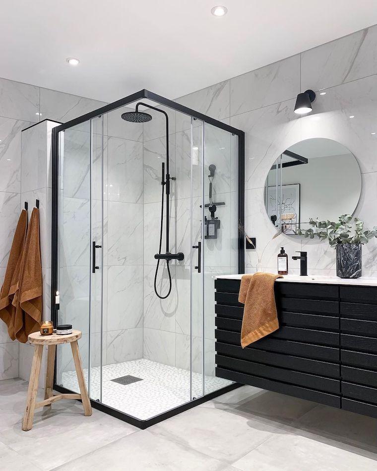come arredare un bagno piccolo rettangolare box doccia di vetro