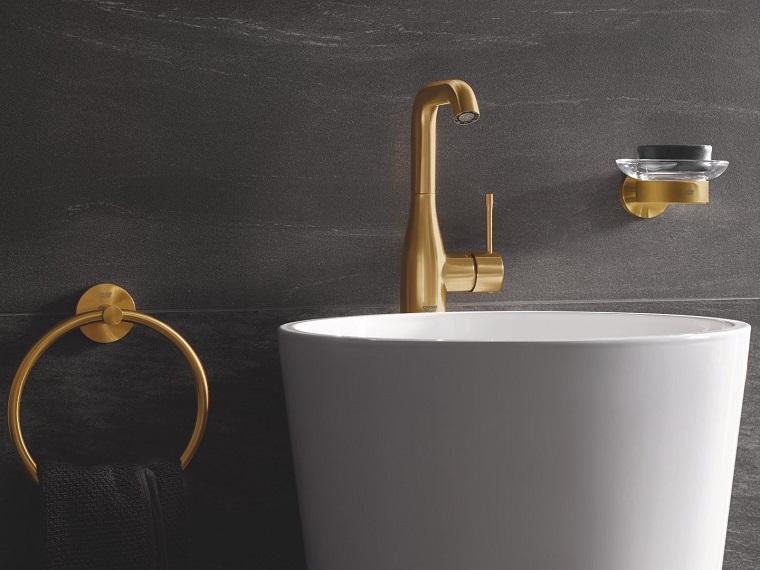lavandino da appoggio rubinetteria di colore oro accessori da bagno vintage