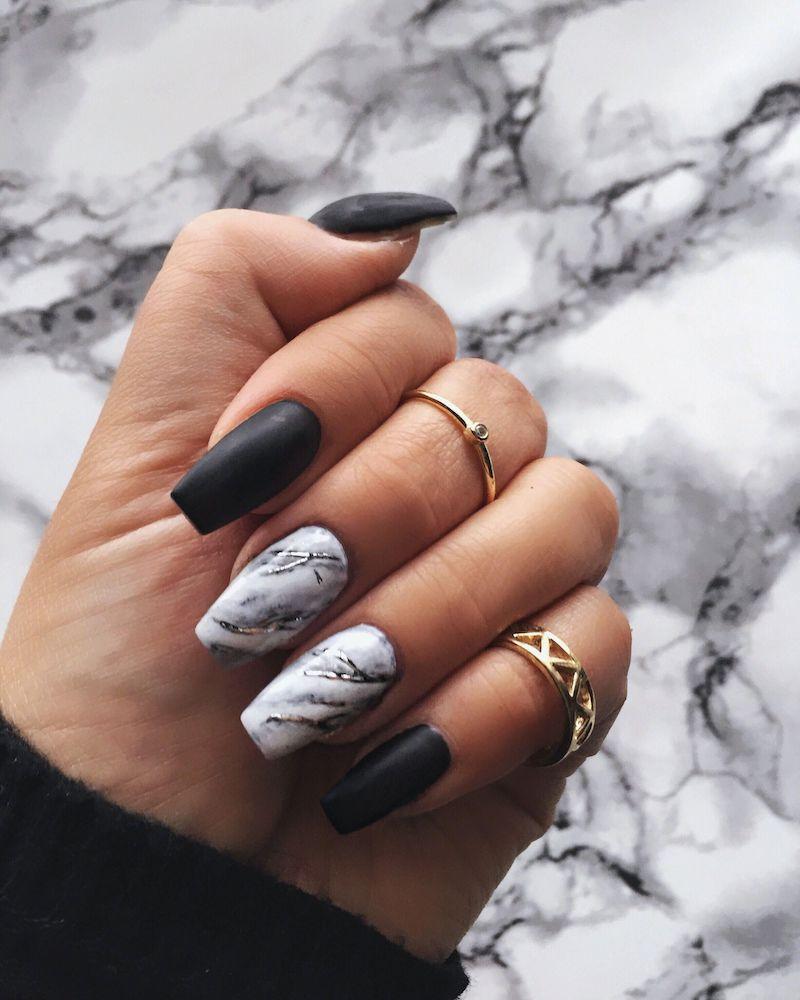 manicure smalto nero matte effetto marmo
