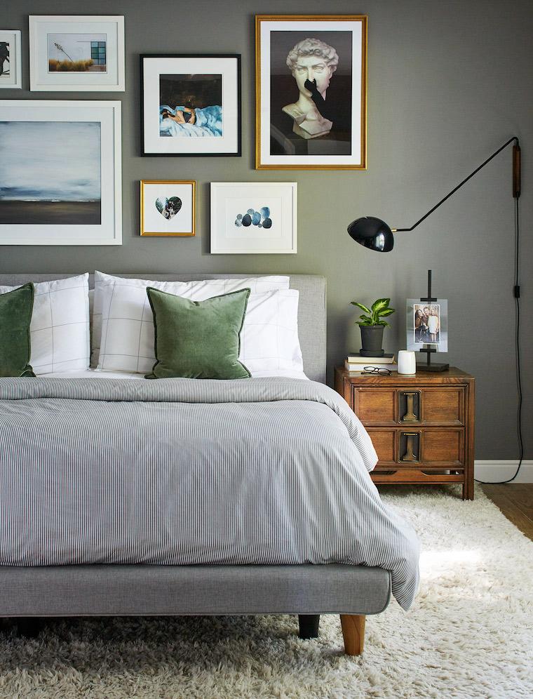 qual e il colore migliore per la camera da letto parete dipinta di grigio