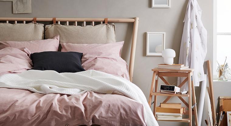 tortora beige colori pareti camera da letto abbinamento con biancheria di colore rosa