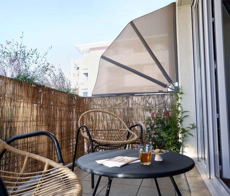 appartamento con terrazzo aperto