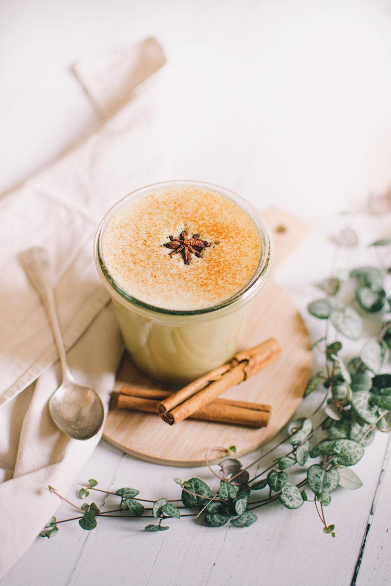 chai latte con avena cannella