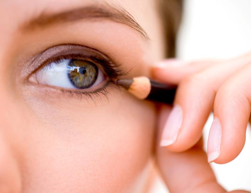 come mettere leyeliner in base alla forma dell occhio