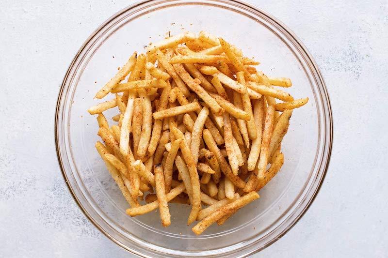 patatine fritte con spezie