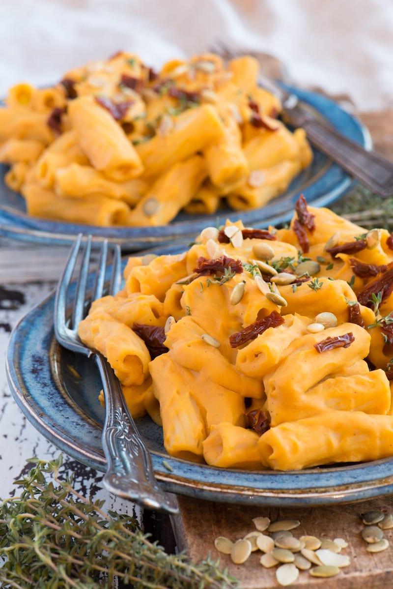 ricette con zucca pasta con crema e pinoli