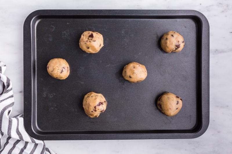 palline di impasto per biscotti